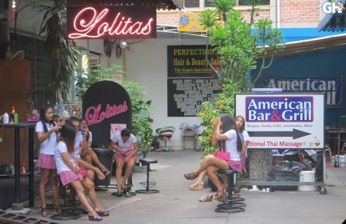 Lolitas BJ Bar in Bangkok