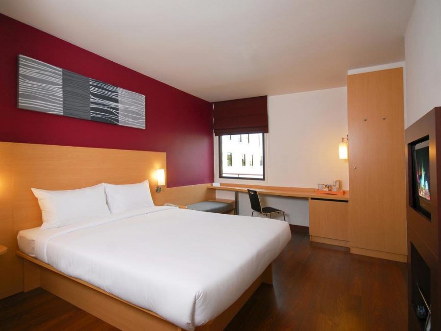 Comfy Rooms at Ibis Soi 4