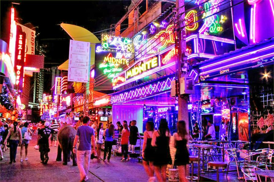 Soi Cowboy Nightlife in Bangkok
