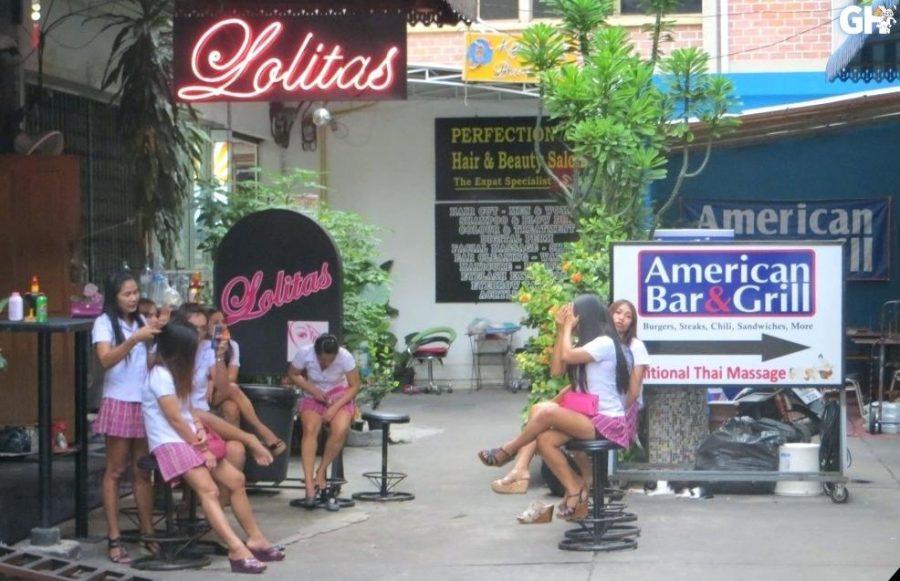 Lolitas Blowjob Bar