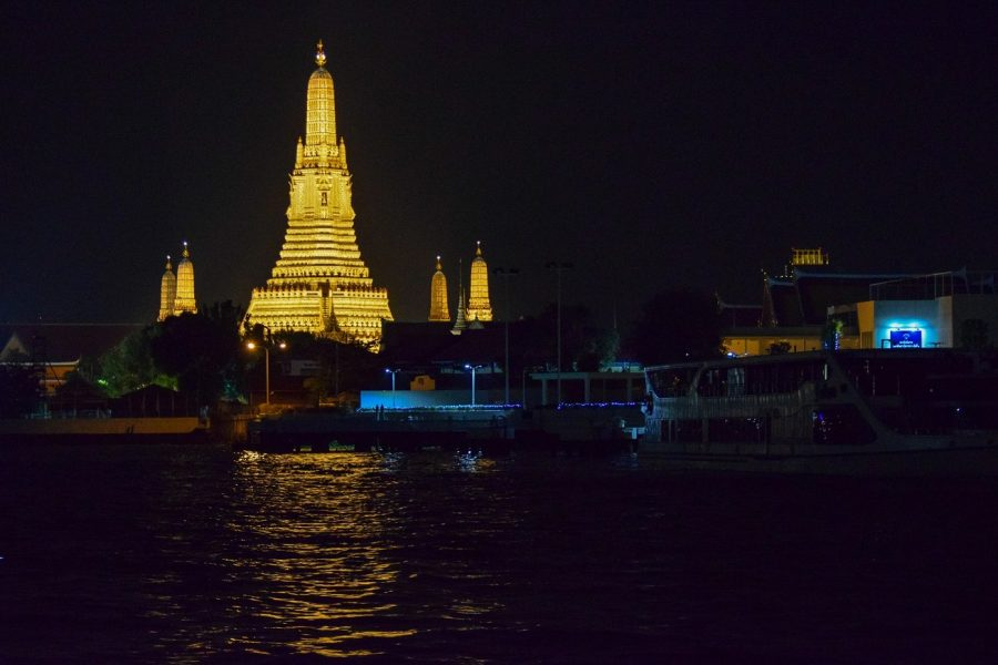 Wat Arun Looks Beautiful at Night